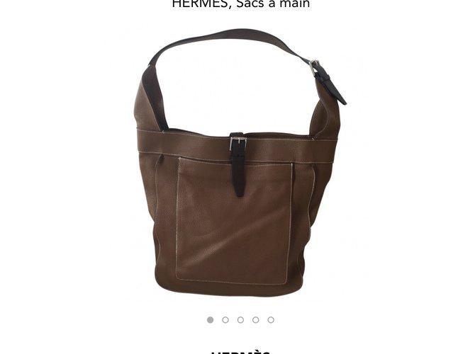 Hermès Handbags Handbags Leather Caramel ref.56618