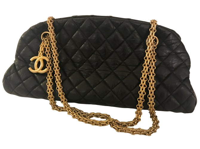 533a07ac1376 Chanel Beautiful Chanel Chain Mademoiselle Bowling Bag in Quilted Aged  Calfskin. Handbags Leather Black ref