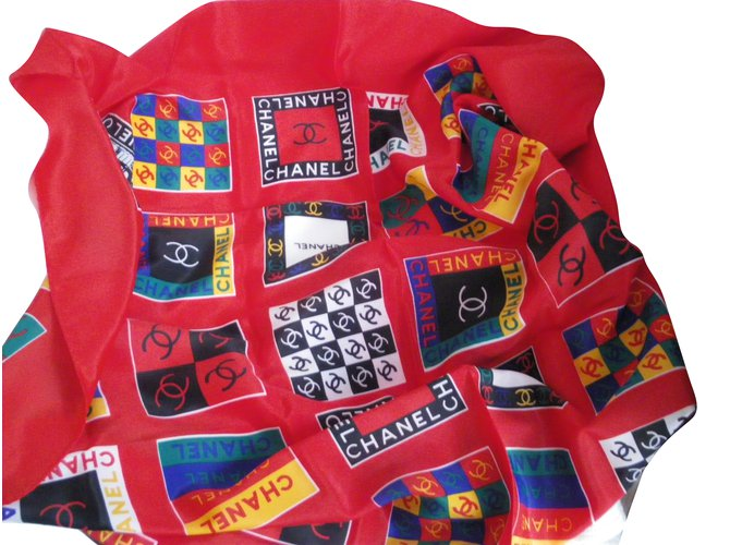 Chanel Scarves Scarves Silk Multiple colors ref.57463