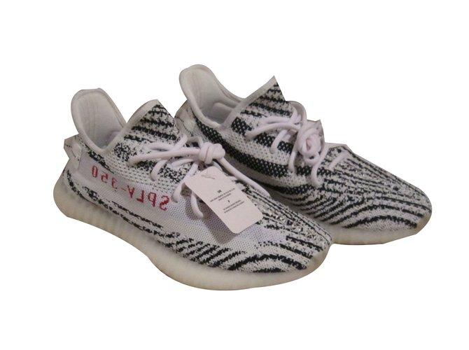Adidas yeezy boost v2 zebra sneakers