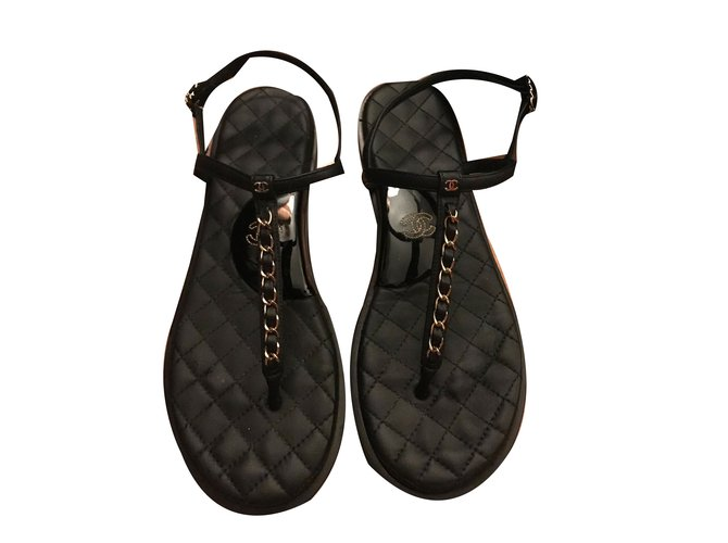 1e5df07caf30 Sandales Chanel sandale noir en cuir Cuir Noir ref.57697 - Joli Closet