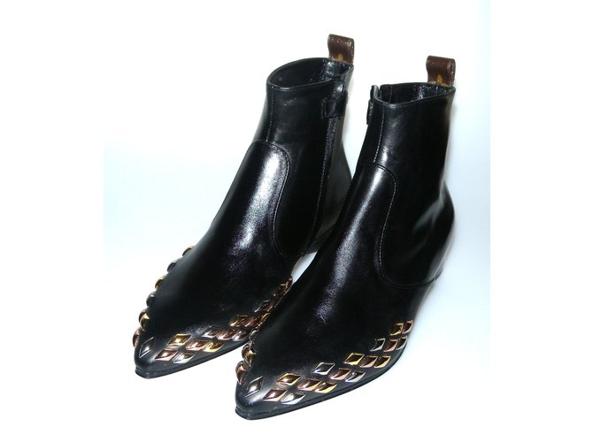 5b0234a801b5 Louis Vuitton Ankle Boots Ankle Boots Leather Black ref.57812 - Joli ...