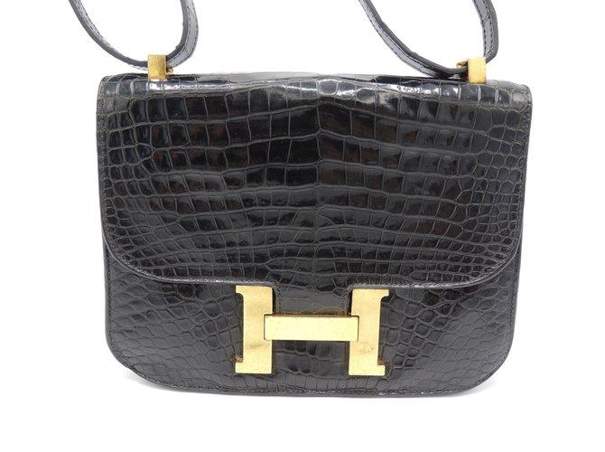 Sacs à main Hermès Constance crocodile noir Cuirs exotiques Noir ref.58153 5f4f3c1827c