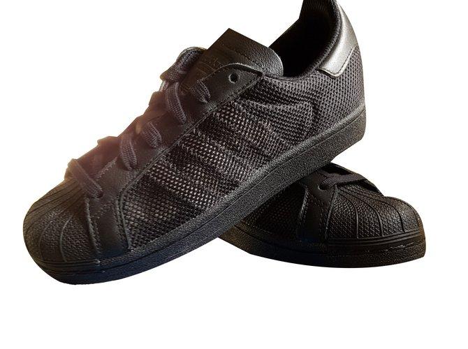 Baskets enfant Adidas superstar Cuir,Tissu Noir ref.58199