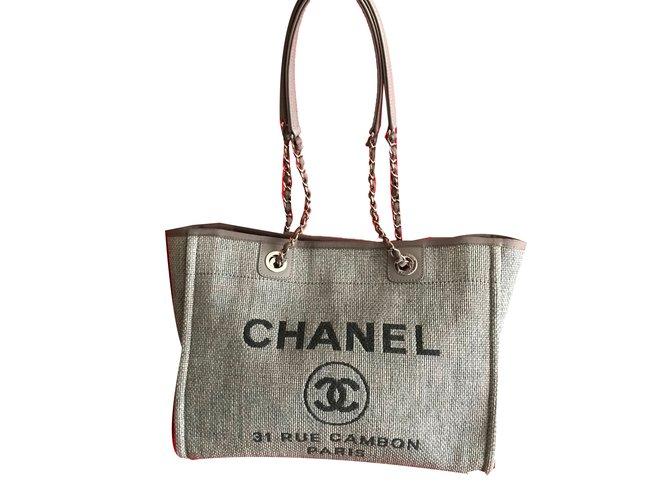 56557908f09 Sacs à main Chanel Deauville Toile Gris ref.58349 - Joli Closet