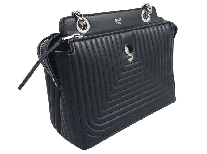 0c5bb7a884d Fendi BLACK DOTCOM QUILTED LEATHER SMALL SHOULDER BAG Handbags Leather Black  ref.59430