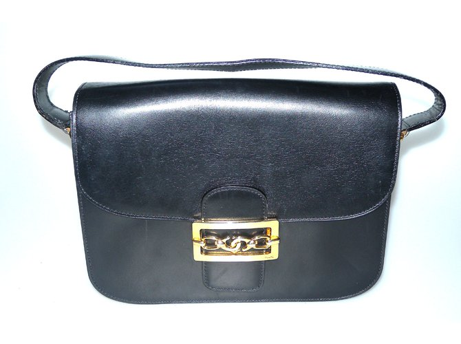 4291f67eed Céline Handbags Handbags Leather Black ref.59866 - Joli Closet