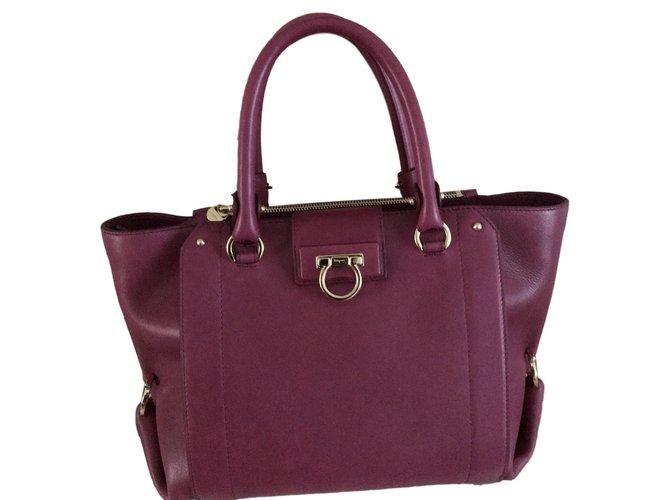 7b6e2d0556 Salvatore Ferragamo Salvatore Ferragamo Luisa bag - Brand new - Fuschia  Handbags Leather Pink ref.