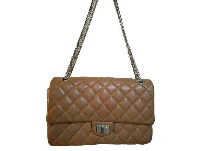 e01dd9b7e3e864 Chanel Handbags Handbags Leather Caramel ref.60714 - Joli Closet