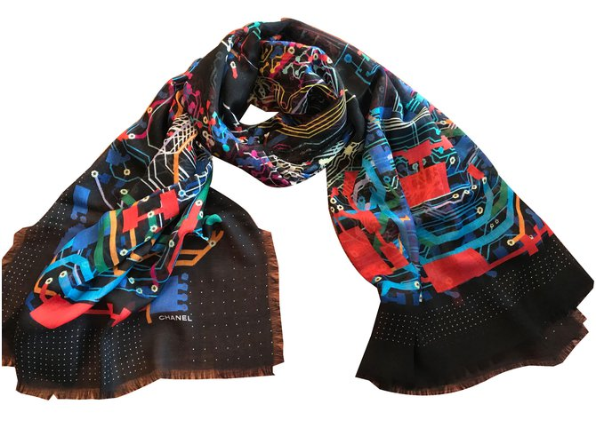 Chanel Cashmere stole CHANEL Scarves Cashmere Black ref.61004