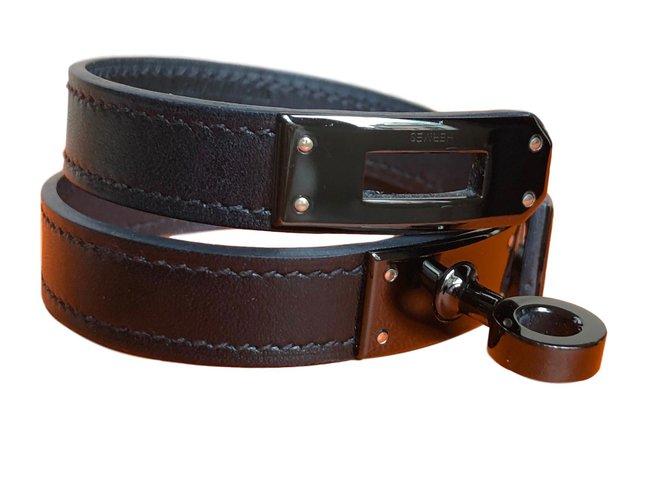 Bracelets Hermès Kelly Double Tour bracelet SO Black Cuir Noir ref.61308