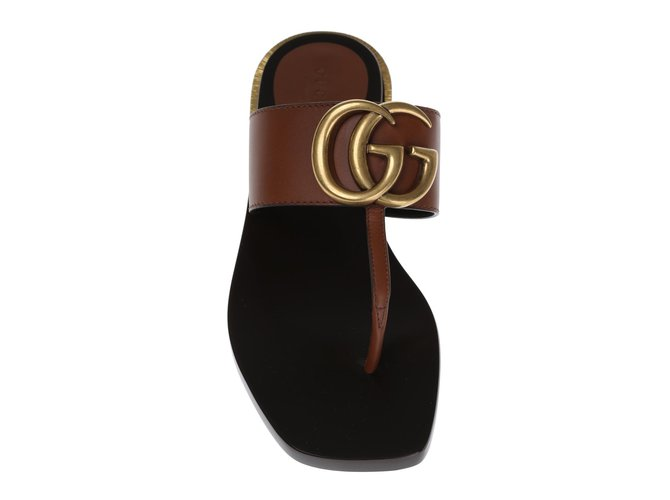 5f8dee378d6 Gucci Gucci leather flip flops Sandals Leather Brown ref.61732 ...