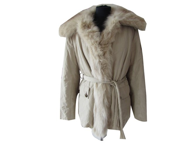 Yves Salomon Coats, Outerwear Coats, Outerwear Fox,Rabbit Cream ref.62270