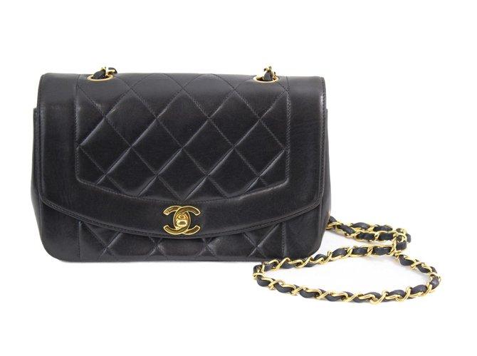Sacs à main Chanel Diana Cuir Noir ref.62730