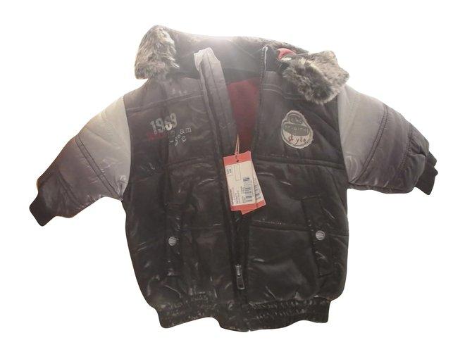Blousons, manteaux garçon Marèse Blouson Marèse, noir et gris, neuf avec ses étiquettes. Polyester Noir ref.62759