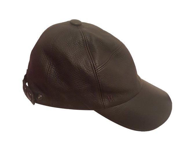 Hermès Hats Beanies Hats Beanies Leather Black ref.62795 - Joli Closet 9061dd2b7fb