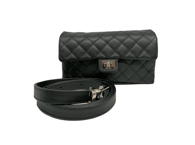 9081b3128f41 Chanel Uniform belt bag Handbags Leather Black ref.62902 - Joli Closet