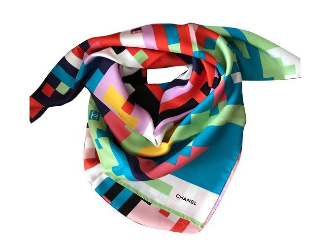 Foulards Chanel Foulard SOIE Soie Multicolore ref.63306 - Joli Closet 11dc40acfdf