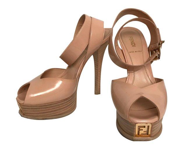 Sandales En Cuir Fendi AW4dM