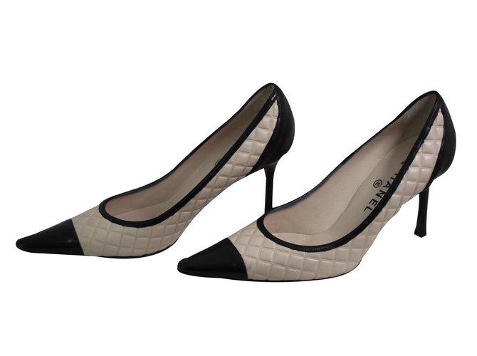 Escarpins Chanel escarpins Cuir Noir ref.63843