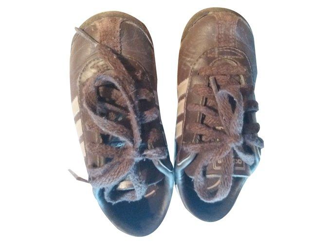 Baskets enfant Adidas Baskets enfant Cuir Marron foncé ref.64103
