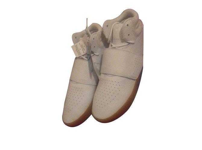 bb578b8ef09 Baskets homme Adidas basket adidas invader strap Cuir Blanc ref.64126