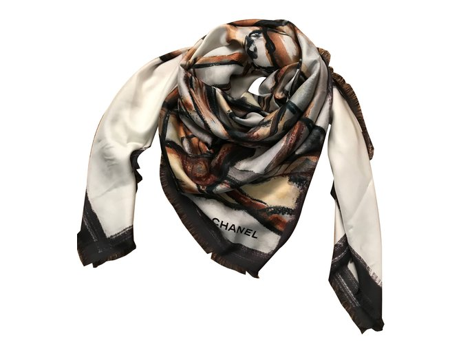 Chanel Scarves Scarves Silk Multiple colors ref.64917