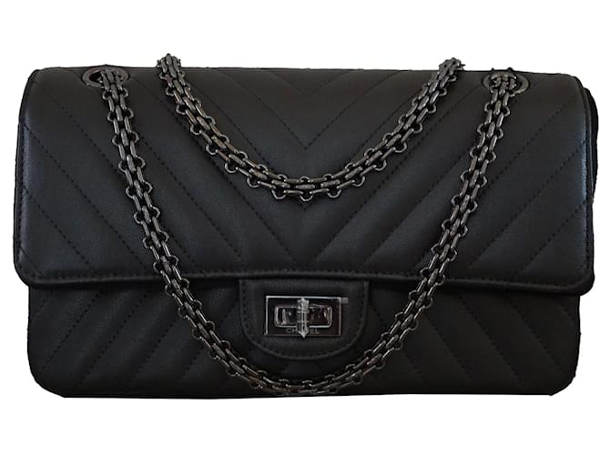 e53ef0d02d83 Chanel So Black Reissue Chevron 2.55 Double Flap Handbag Limited Edition Handbags  Leather Black ref.