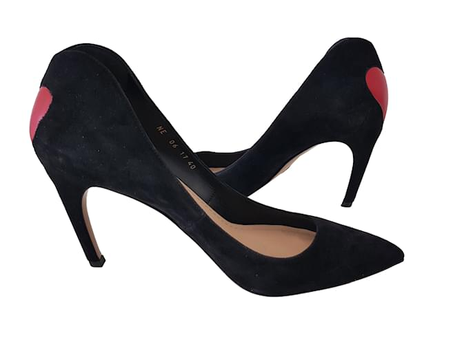 aa9a68a52ec1 Christian Dior dioramour pump Heels Suede