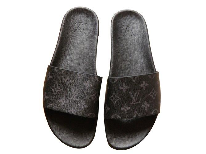 1f9caec21585 Louis Vuitton Men Sandals Men Sandals Rubber Black ref.65879 - Joli ...