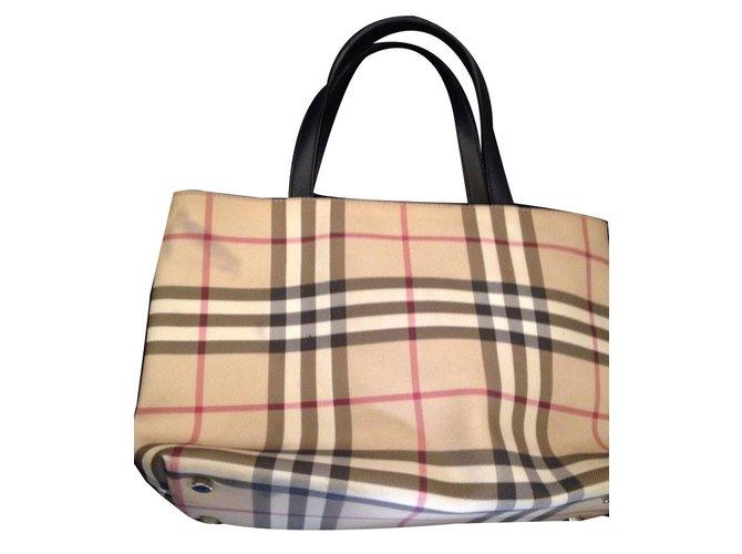 bc27294706f9 Burberry Handbags Handbags Cloth Beige ref.66124 - Joli Closet