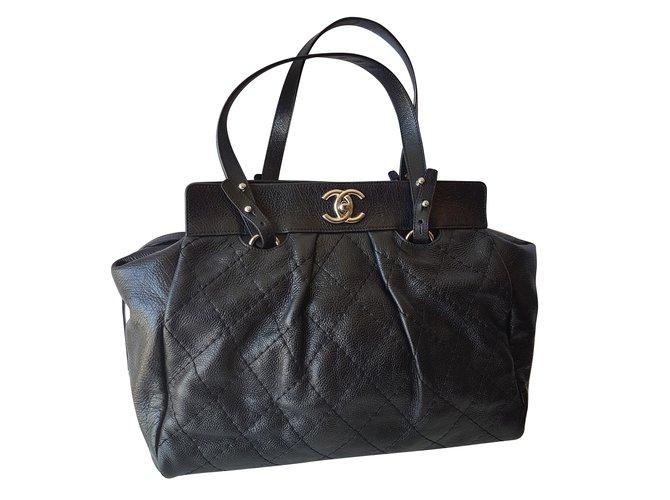 Sacs à main Chanel Cabas Cuir Noir ref.66325
