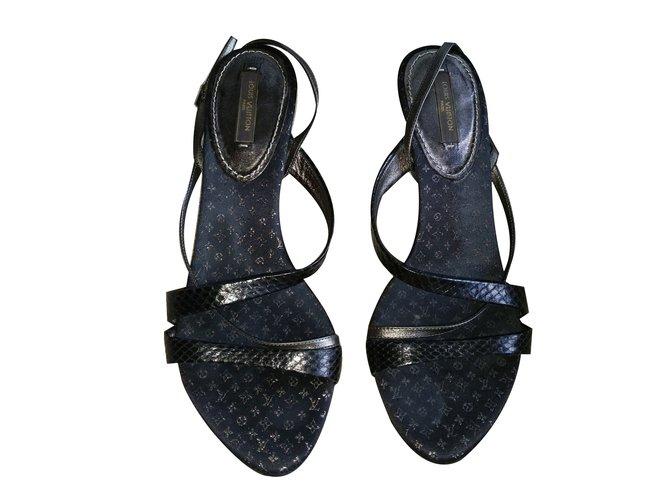 Sandales Louis Vuitton Sandales Cuirs exotiques Noir ref.66468