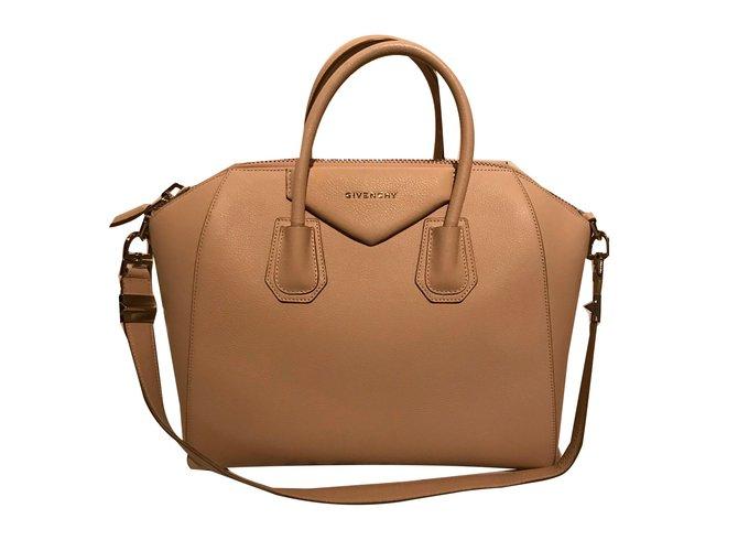 14ddd859cb8 Givenchy Antigona Handbags Leather Flesh ref.66671 - Joli Closet