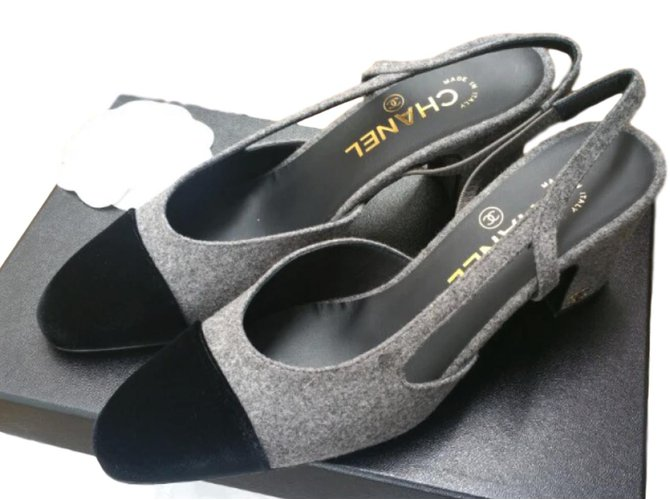 d6003f4540a Chanel CHANEL classic slingback heels in velvet and tweed sz36 Heels Tweed  Grey ref.66749