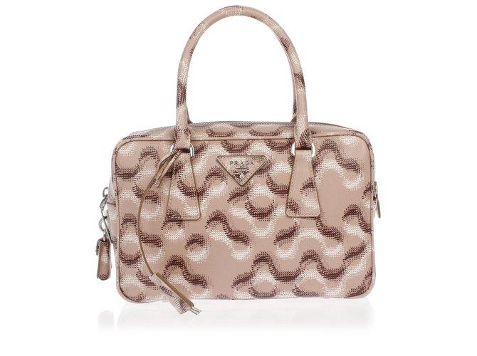 ce20c82aae18 Prada Prada boston bag new Handbags Leather Pink ref.66826 - Joli Closet