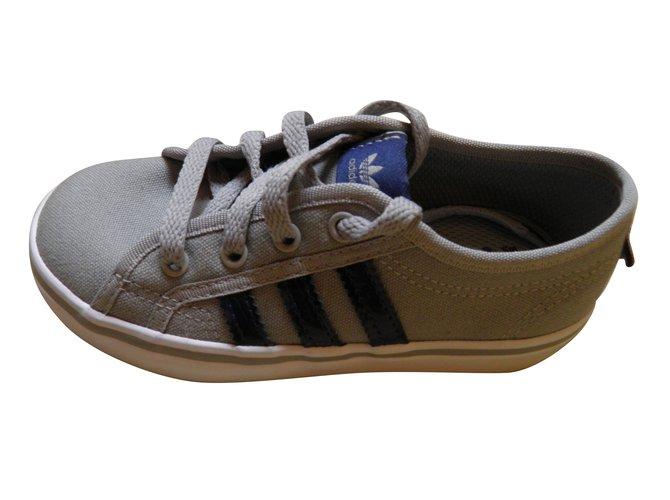 Baskets enfant Adidas nizza Toile Gris ref.67015