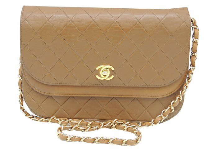 716616e41e01c2 Chanel Lamb quilted Handbags Leather Caramel ref.67056 - Joli Closet