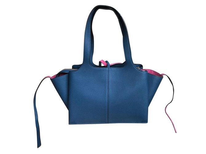 ea3e960f632e Céline blue pebbled calf leather small Trifold bag Handbags Leather Blue  ref.67593