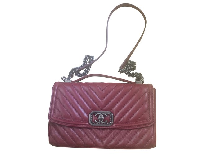 Sacs à main Chanel Sacs à main Cuir Bordeaux ref.67637