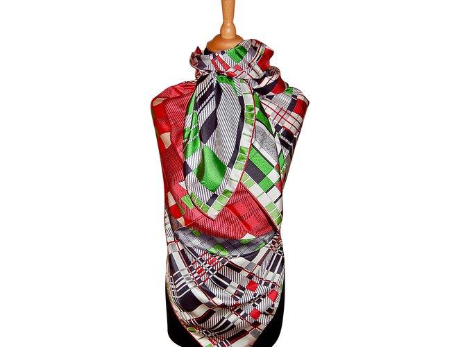 Hermès Silk scarf Silk scarves Silk Multiple colors ref.68249