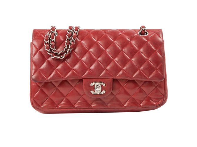 ed470352554142 Chanel Timeless Handbags Leather Red ref.68441 - Joli Closet