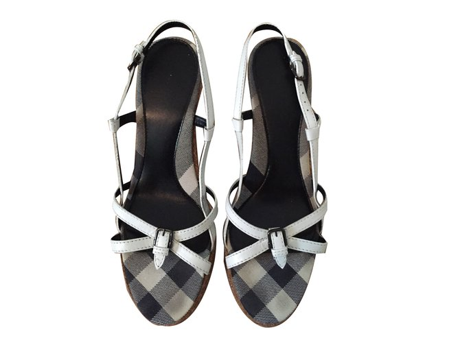 Burberry Sandals Sandals Leather White ref.68517