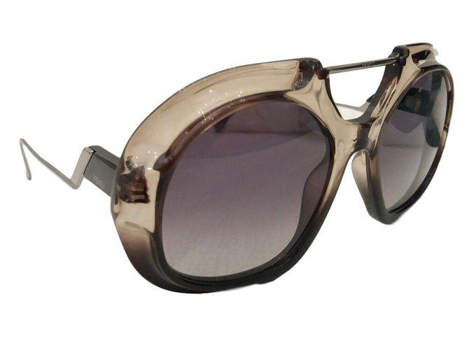 6f1bb22d22 Fendi Sunglasses Sunglasses Plastic Black ref.68932 - Joli Closet
