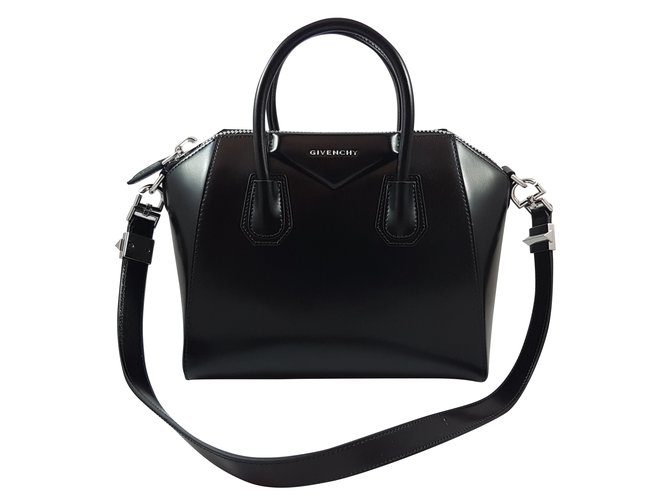 a5742cf581 Givenchy Givenchy Antigona Small Black Leather Handbags Leather Black  ref.69251