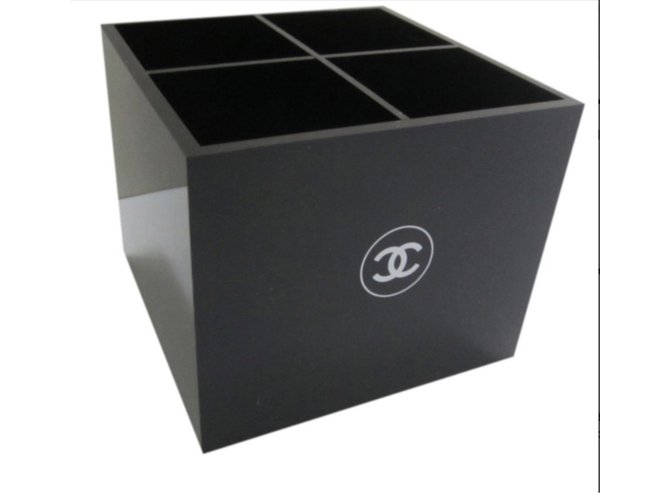c91d9b8187 Chanel Make up box VIP gifts Other