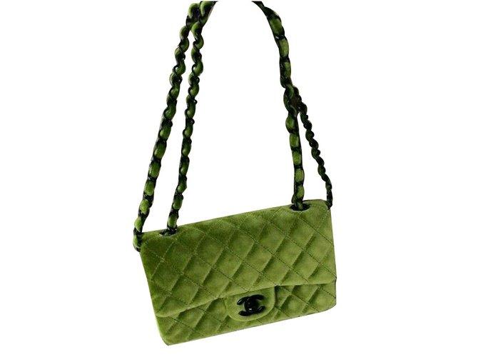 e3441ea312f4 Chanel Mini classic flap Handbags Velvet Green ref.69922 - Joli Closet
