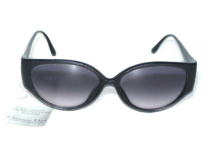 93dbecfbf7 Christian Dior Sunglasses Sunglasses Plastic Black ref.70179 - Joli ...
