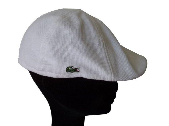 991390adb0 Chapeaux, bonnets Lacoste CASQUETTE BERET Coton Blanc ref.70290 ...