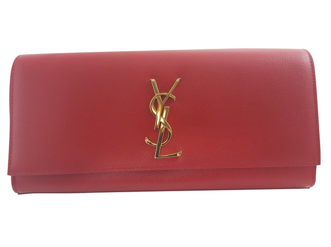b4e0b6a62247 Saint Laurent Cassandre Leather clutch Clutch bags Leather Red ref.71511